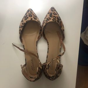 Animal print ankle strap pointy flats